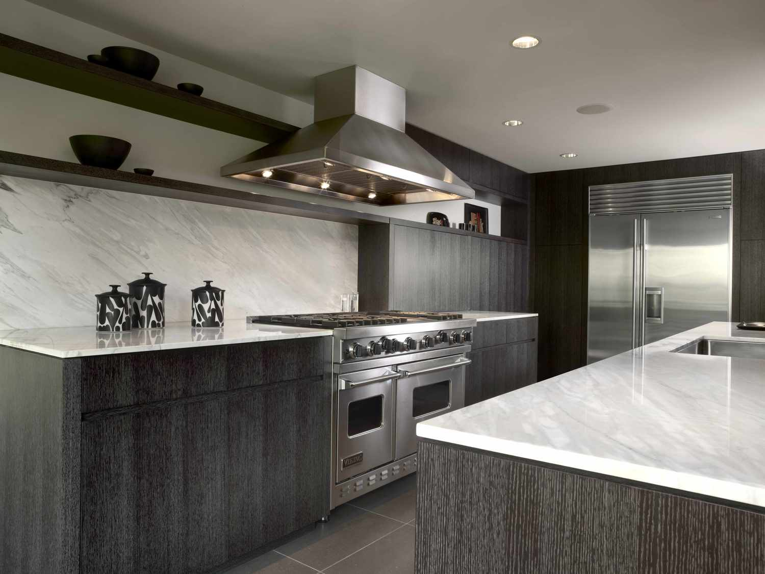 Dark limed Kitchen | KitchAnn Style