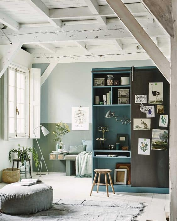 "Behr Color of the Year 2018 ""In the Moment"" is a cool, tranquil, spruce blue. #colortrends"