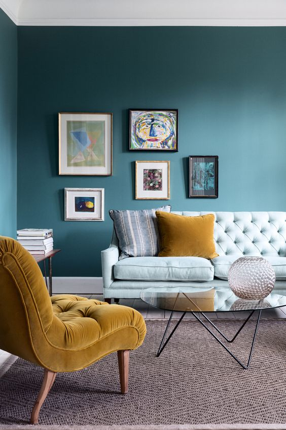 This room is inspired by the Playful palette and brings a feeling of invigoation