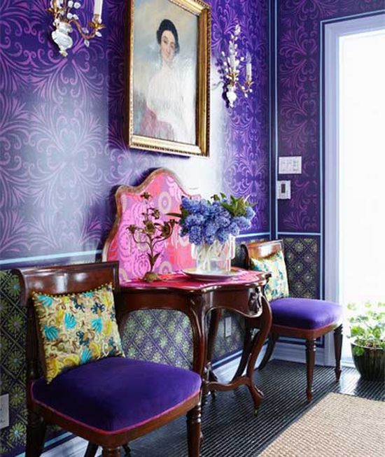 A dramatically provocative and thoughtful purple shade, PANTONE 18-3838 Ultra Violet communicates originality, ingenuity, and visionary thinking that points us toward the future.