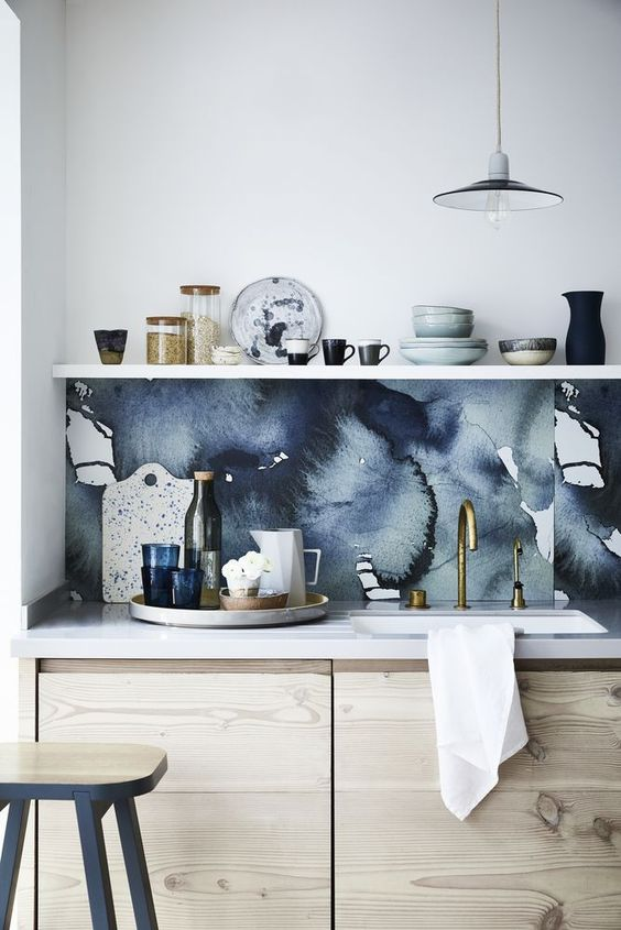 Sherwin-Williams Color of the Year 2020: Naval backsplash inspiration