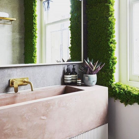 Bathroom Design for a New World using plants